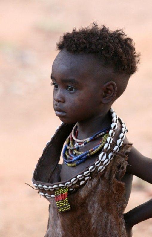 Hamar girl . Ethiopia, photo by Jacqueline Sprey, copyright.