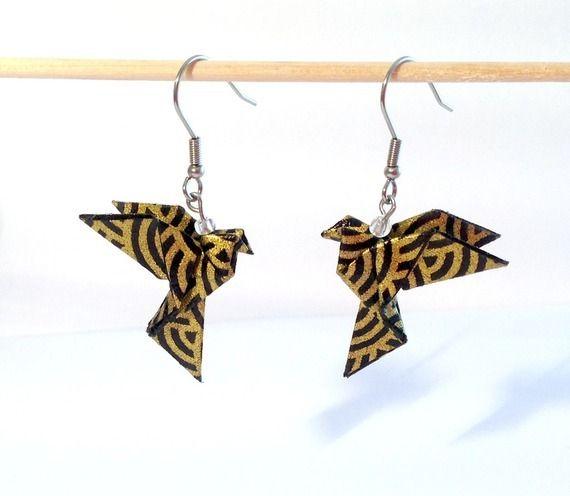 Origami bijou, boucles d'oreilles coeur jaune en papier origami japonais