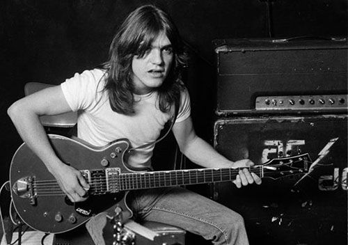 Malcolm Young avliden