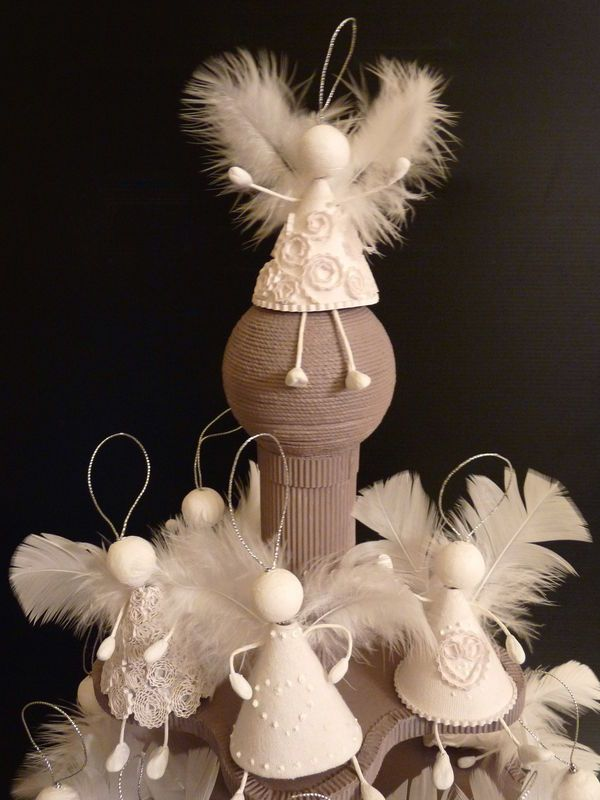 25 Lovely DIY Feather Crafts Ideas Christmas Angel