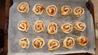 The Bush Gourmand: Pizza Scrolls thermomix