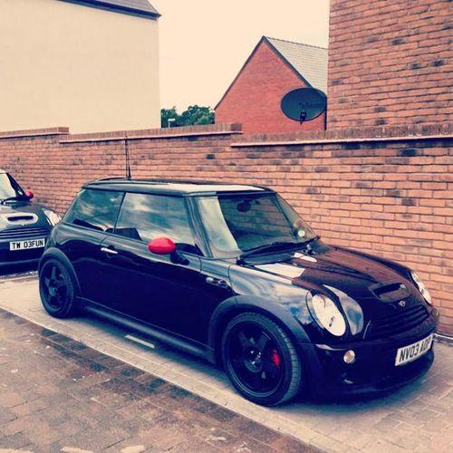 Black Mini Cooper s