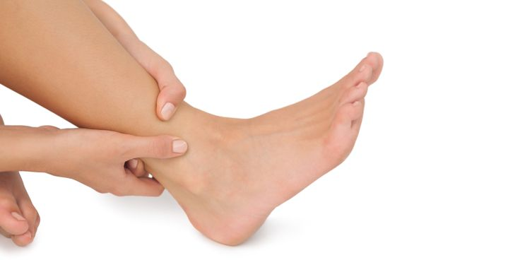 7 Habits that wreck your feet (HuffingtonPost)
