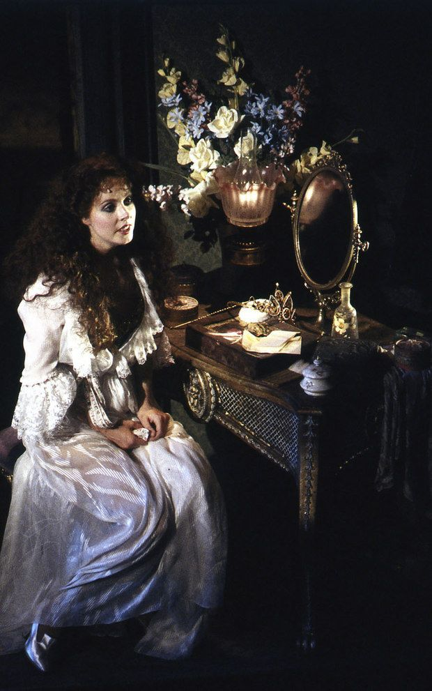 4_Sarah Brightman (Christine Daaé) credit Michael Le Poer Trench