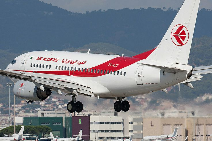 Boeing 737-600 Air Algérie 7T-VJT cn 30546/1152