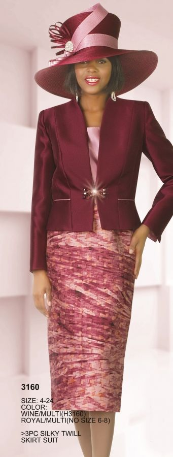 Lily and Taylor 3160 Womens 3pc Print Suit- The solid color suit jacket is quite fashionable with stylish seams and a shiny asymmetrical clasp at the waist.