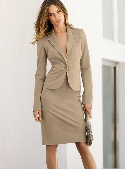 Безупречность стиля выбирая деловой костюм хорошего