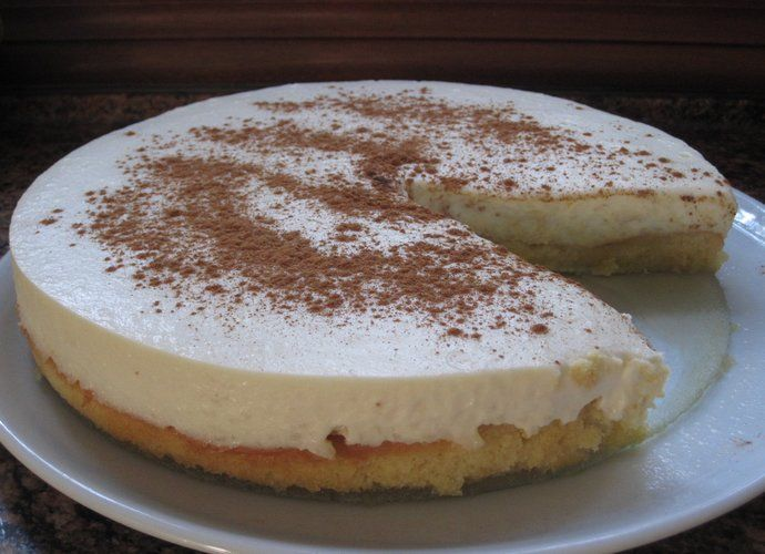 Tarta de arroz con leche (con base de bizcocho emborrachado) para #Mycook http://www.mycook.es/cocina/receta/tarta-de-arroz-con-leche-con-base-de-bizcocho-emborrachado