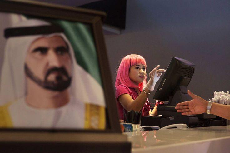 UAE. 2013. Dubai.   At the Ritz Carlton 5 star luxury hotel in Jumeirah, Alex from Ghana is the