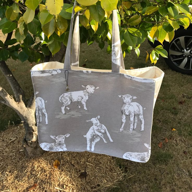 Our beautiful Lamb bag. A wonderful shopping or knitting bag. A handy bag for a variety of uses. This bag is washable. Ditch the plastic and stop the landfill.