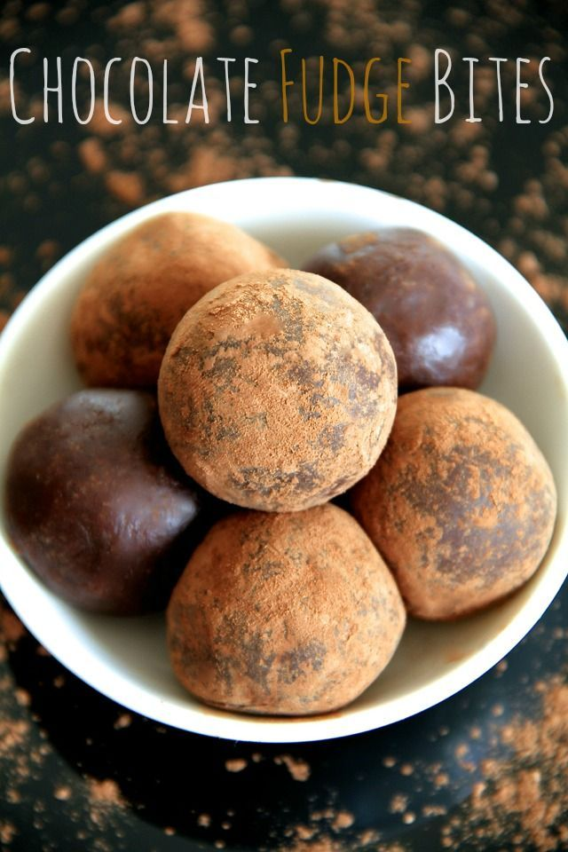 Chocolate Fudge Bites -- Soft, tender, and loaded with chocolate flavour, these melt-in-your-mouth bites taste ridiculously decadent while being made with good-for-you ingredients. Gluten-free, vegan, and customizable depending on your dietary needs, this is a healthy treat that everyone will love! || runningwithspoons.com