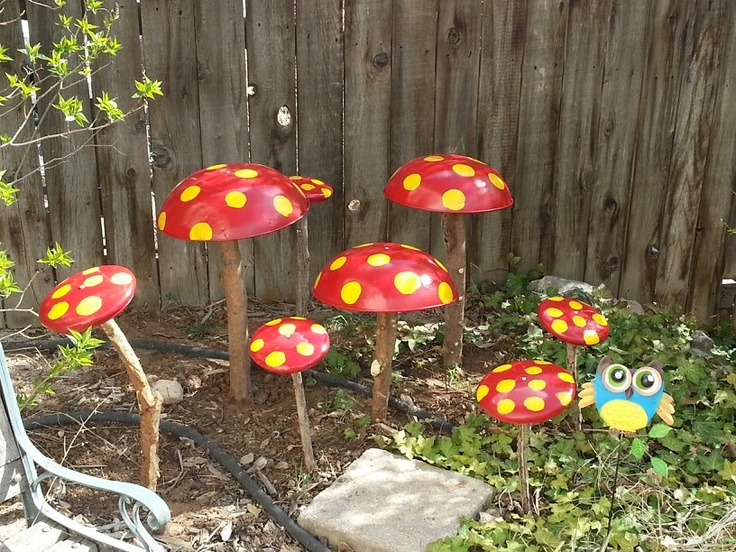 123 best images about backyard oasis on pinterest for Upcycled tree stumps