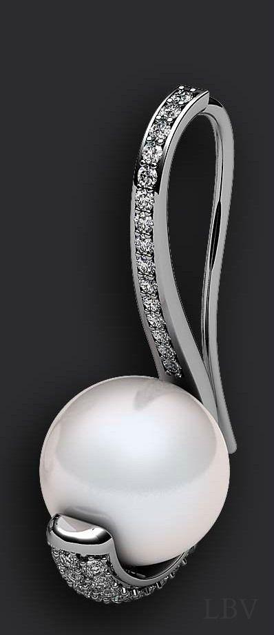 Pearl and Diamonds, earring