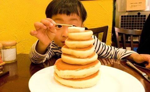 パンケーキタワー [ウェブ] www.asakusa-mimosa.com/