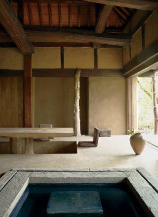 Rustic Dining Room | Axel Vervoordt