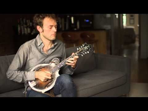 Chris Thile - Bach: Sonata No. 1 in G Minor, BWV 1001 (Complete) - A wonderful interpretation by a mandolin master.