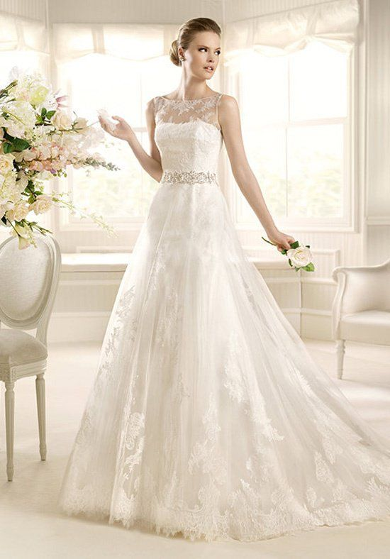 Strapless a-line wedding dress with embroidery I Style: Mecenas I by LA SPOSA I http://knot.ly/6490B2Tka