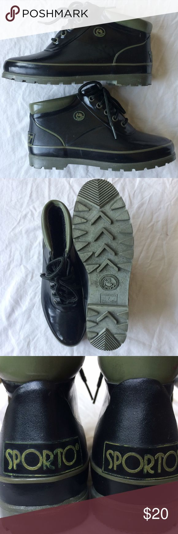 Vintage 90's Sporto duck booties, size 7 Vintage black rubber Sporto snow/rain boots. Excellent condition with so much life left! Vintage size 7.. runs a little bit small. Lined in fuzzy black sherpa for warmth. Sporto Shoes Winter & Rain Boots
