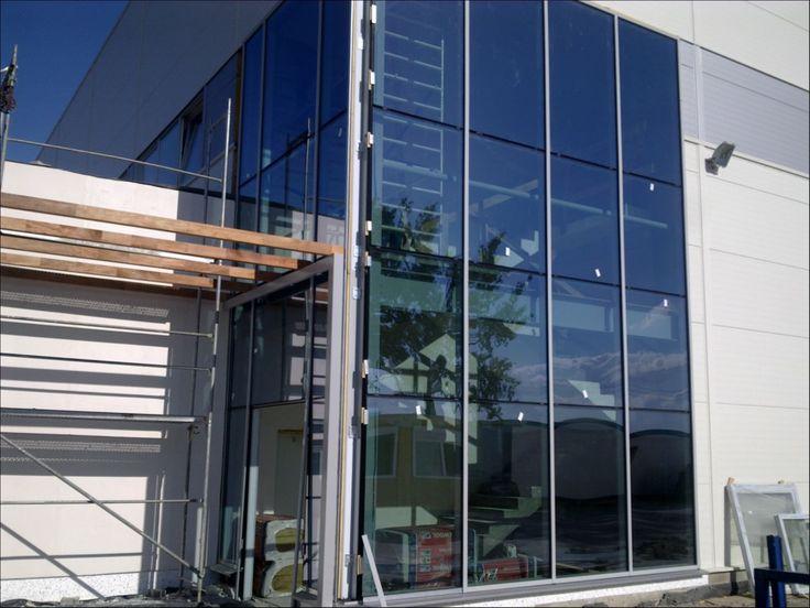 Fasada fabryka  / fasady, okna, drzwi aluminiowe i stalowe/ sesko.pl