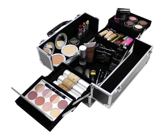 magazin online de produse cosmetice http://www.makeupcenter.ro/ cosmetice online, cosmetice make-up, parfumuri, accesorii la preturi accesibile Bodyography Student Kit  Pret: 2.900 RON