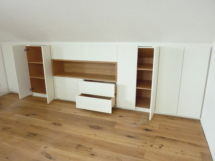 die besten 25 einbauschrank dachschr ge ideen auf pinterest schrank dachschr ge dachboden. Black Bedroom Furniture Sets. Home Design Ideas