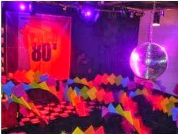 Daremos aqui dicas e sugestões para realizar uma festa com o tema ANOS 80, espero que gostem de nossa pesquisa.