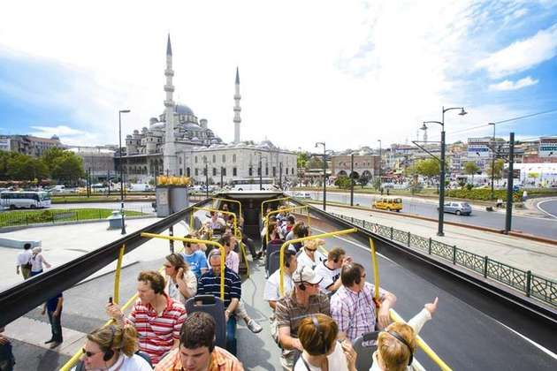 Attending to a City Sightseeing Bus Istanbul Tour is one of the best ways to discover and enjoy the beautiful Istanbul and also one of the best things to do in Istanbul.