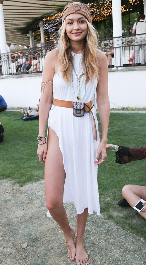 Gigi Hadid au Festival de Coachella 2015 http://www.vogue.fr/mode/inspirations/diaporama/les-looks-mode-off-duty-de-gigi-hadid/23880#gigi-hadid-au-festival-de-coachella-2015