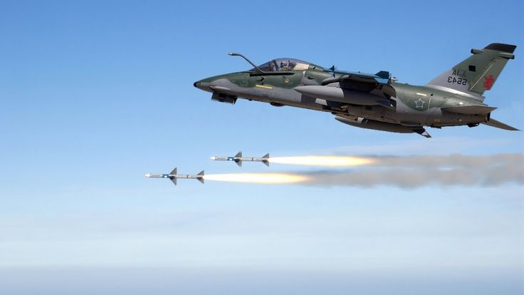 Brazilian Air Force 2015: A-1 AMX Fighter-Bomber in action - Caça-Bombar...