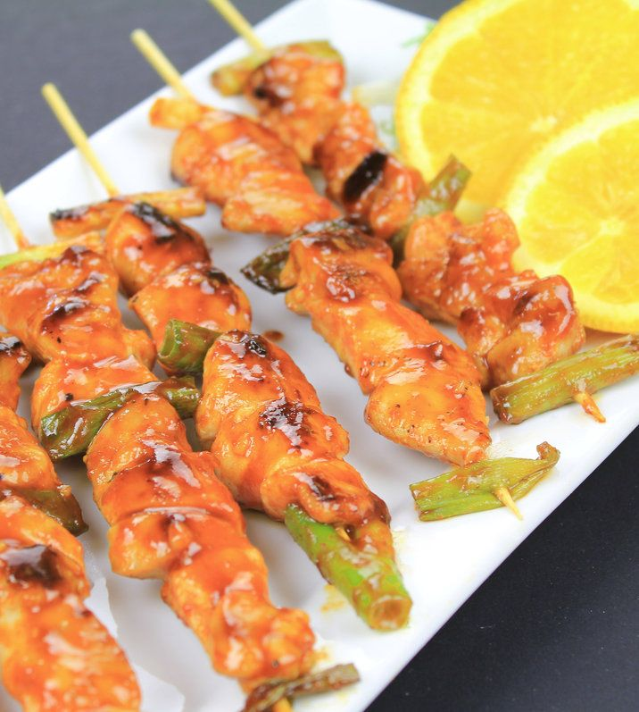 Recipe For Korean spicy chicken skewers - One of the most popular Korean street foods. Spicy, sweet and tender. You might see chicken skewer stalls in front of schools or you can see chicken skewer product in any convenient store in Korea. It's that popular and we love it!