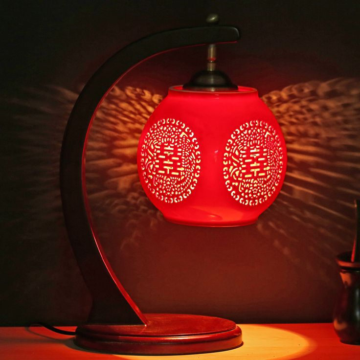 Chinese style Table lamp retro with ceramic lamp Chinese wind red creative bedroom bedside lamp wedding gift lamps CL