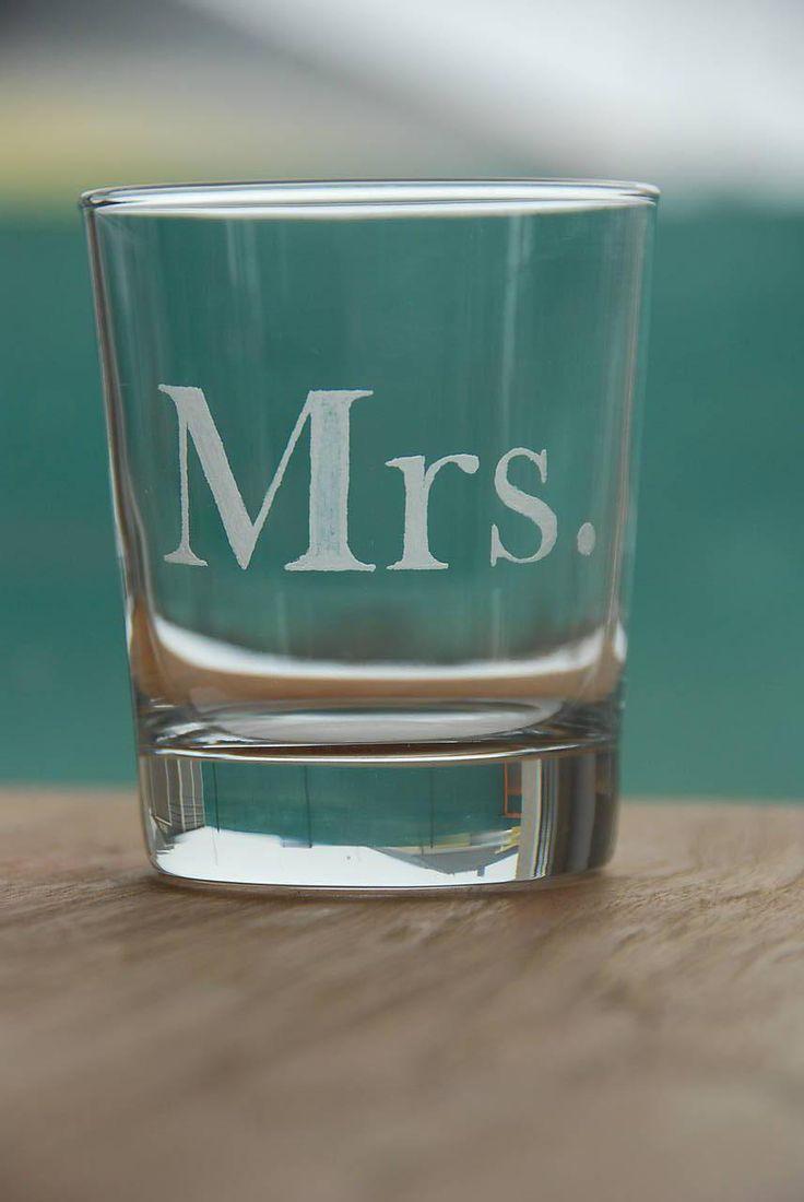 Nádoby - Gravírované poháre Mr & Mrs - 7753180_