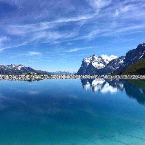 Stunning view of Jungfraujoch Switzerland [OC] [960 x 960]
