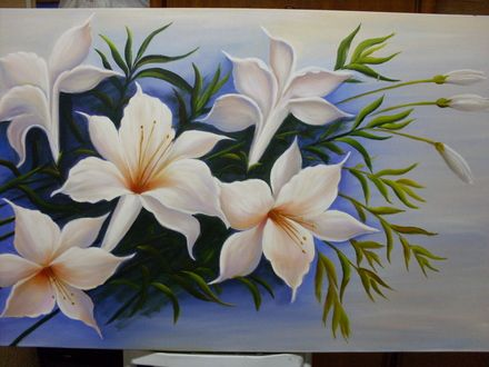 Fotos de video aula de pintura em tela paso a passo, pintando lirios brancos São Paulo