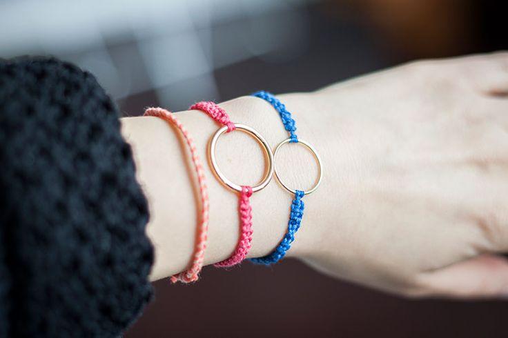 Knyt ett makraméarmband. DIY Macrame Bracelet Tutorial.