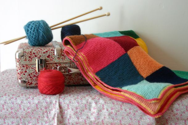 Couverture au tricot / knitted baby blanket