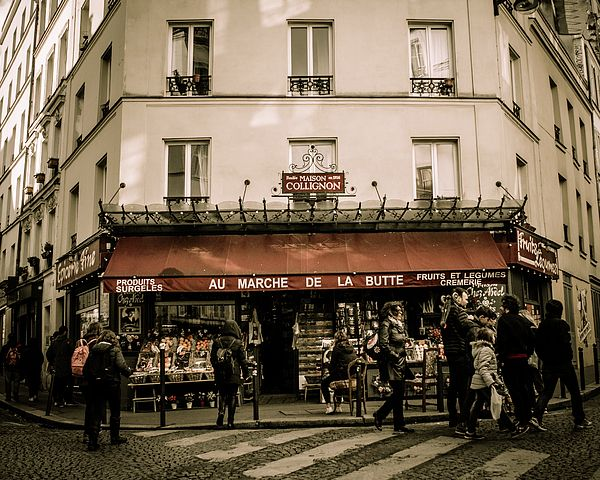 Mon Paris Spending and enjoying the daily lifestyle in the city of love, Paris