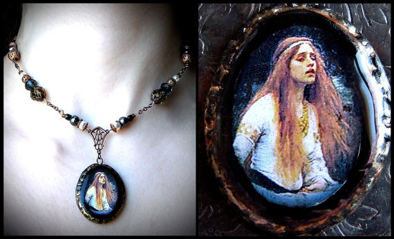 Want so bad! The Lady of Shalott is one of my favourite women