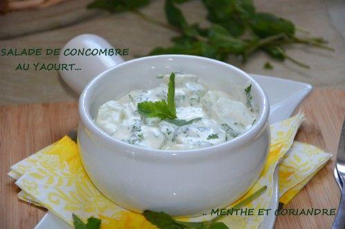 salade de concombre au yaourt menthe et coriandre, recette concombre yaourt nature à la menthe fraiche et coriandre hachée recette libanaise
