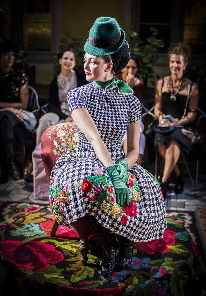 brillantengrund 2015 / Die Schöne Wienerin, Designer: Susanne Bisovsky, Vienna sept. 2015