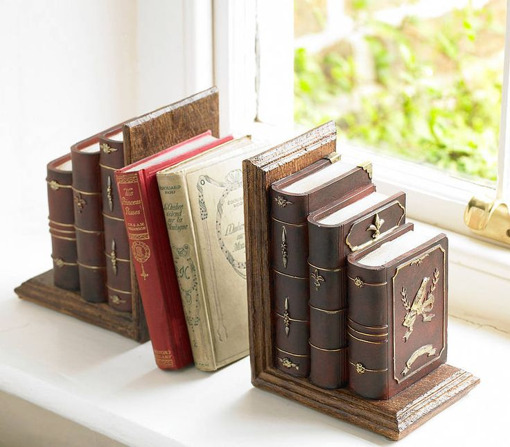 Faux 'traditional' bookends