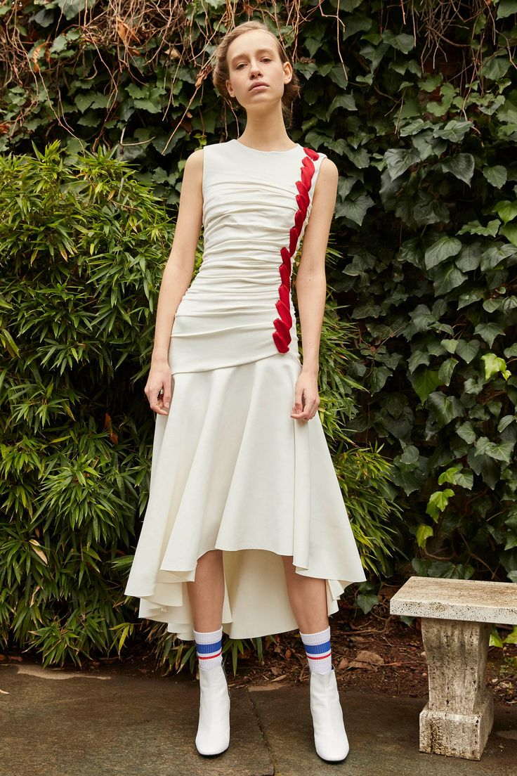Vionnet Pre-Fall 2018 Fashion Show Collection