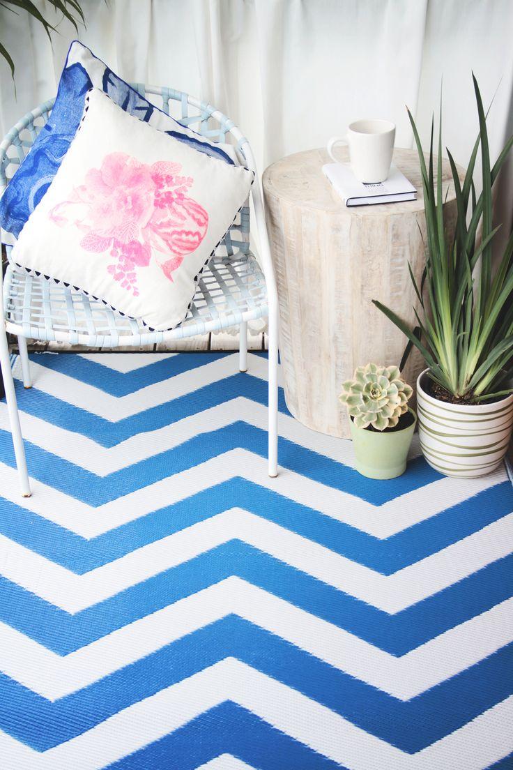 Laguna   Regatta Blue U0026 Bright White: Fab Habitat Recycled Plastic Rugs    Indoor /
