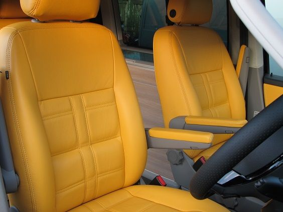 VW-California Stitch Front