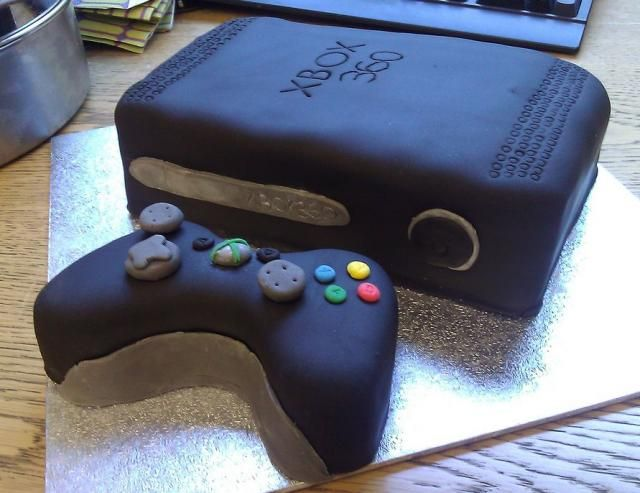 black xbox 360 cake with controllerjpg