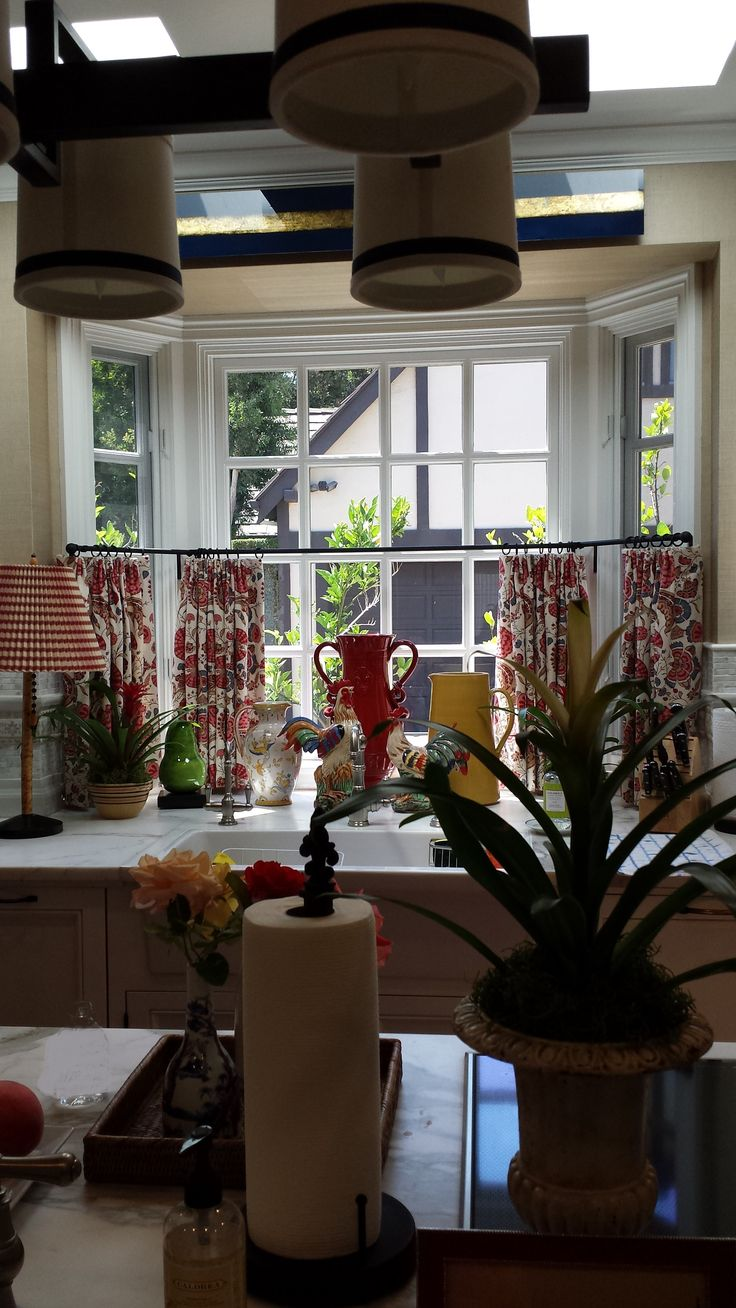 PD Bay Window Curtains