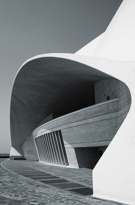 Auditorio de Tenerife by architect Santiago Calatrava. Photo by José Miguel Hernández Hernández.