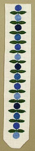 "Broderi / Embroidery ""Lingon"" design Birgitta Werner-Johansson, 1962"