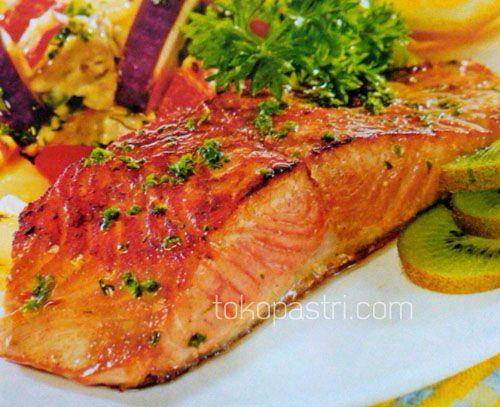 Resep Cara Membuat Salmon Panggang Tumis Sayuran