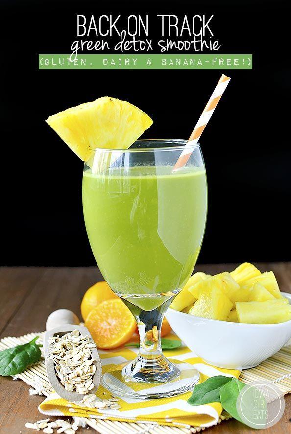 Back on Track Green Detox Smoothie #glutenfree #dairyfree #bananafree | iowagirleats.com